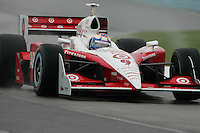 Scott Dixon in the wet at Watkins Glen International, Watkins Glen Indy Grand Prix, September 25, 2005