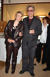 Actor ROGER LLOYD PACK and his daughter actress EMILY LLOYDat a private view of paintings by singer Tony Bennett held at the catto Gallery, 100 Heath Street, London NW3 on 5th April 2005.<br />