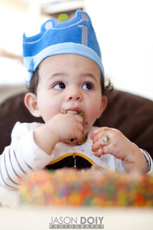 Nico Giovanni Doiy celebrates his first birthday party.