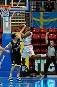 DESCRIZIONE : Bologna Lega Basket A2 2011-12 Morpho Basket Piacenza Tezenis Verona<br /> GIOCATORE : Keith Waleskowski<br /> CATEGORIA : Controcampo Stoppata<br /> SQUADRA : Tezenis Verona<br /> EVENTO : Campionato Lega A2 2011-2012<br /> GARA : Morpho Basket Piacenza Tezenis Verona<br /> DATA : 05/05/2012<br /> SPORT : Pallacanestro<br /> AUTORE : Agenzia Ciamillo-Castoria/A.Giberti<br /> Galleria : Lega Basket A2 2011-2012 <br /> Fotonotizia : Bologna Lega Basket A2 2011-12 Morpho Basket Piacenza Tezenis Verona<br /> Predefinita :