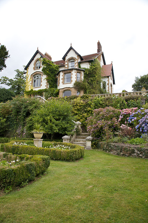 View of the main lower garden, looking back up to the house at The Old Rectory, Chumleigh, Devon CREDIT: Vanessa Berberian for The Wall Street Journal<br /> LUXRENT-Nanassy/Chulmleigh