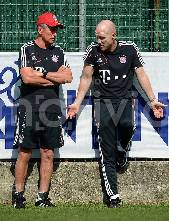 Fussball 1. Bundesliga:  Saison  Vorbereitung 2012/2013     Trainingslager des FC Bayern Muenchen 19.07.2012 Trainer Jupp Heynckes mit Sportvorstand Matthias Sammer (v. li., )