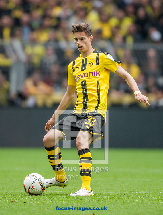 Julian Weigl of Borussia Dortmund during the Bundesliga match at Signal Iduna Park, Dortmund<br /> Picture by EXPA Pictures/Focus Images Ltd 07814482222<br /> 14/05/2016<br /> ***UK &amp; IRELAND ONLY***<br /> EXPA-EIB-160515-0092.jpg