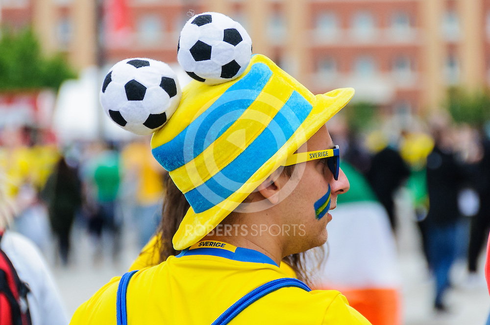A Sweden fan outside the IRELAND v SWEDEN UEFA EURO 2016 game at Stade de France in St Denis, 13 June 2016. (c) Paul J Roberts / Sportpix.org.uk