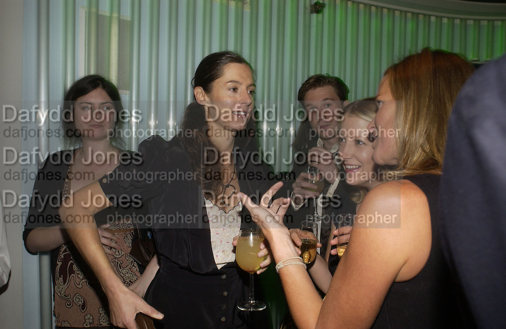 Miranda Brooks and Daisy Garnett. Launch dinner for Island Beauty by India Hicks hosted by Charles Finch and Harvey Nichols Fifth Floor Restaurant. London. .  14  November 2005 . ONE TIME USE ONLY - DO NOT ARCHIVE © Copyright Photograph by Dafydd Jones 66 Stockwell Park Rd. London SW9 0DA Tel 020 7733 0108 www.dafjones.com