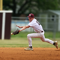Houston second baseman Colton Peek misses a catch late in the second inning against North Pontotoc.