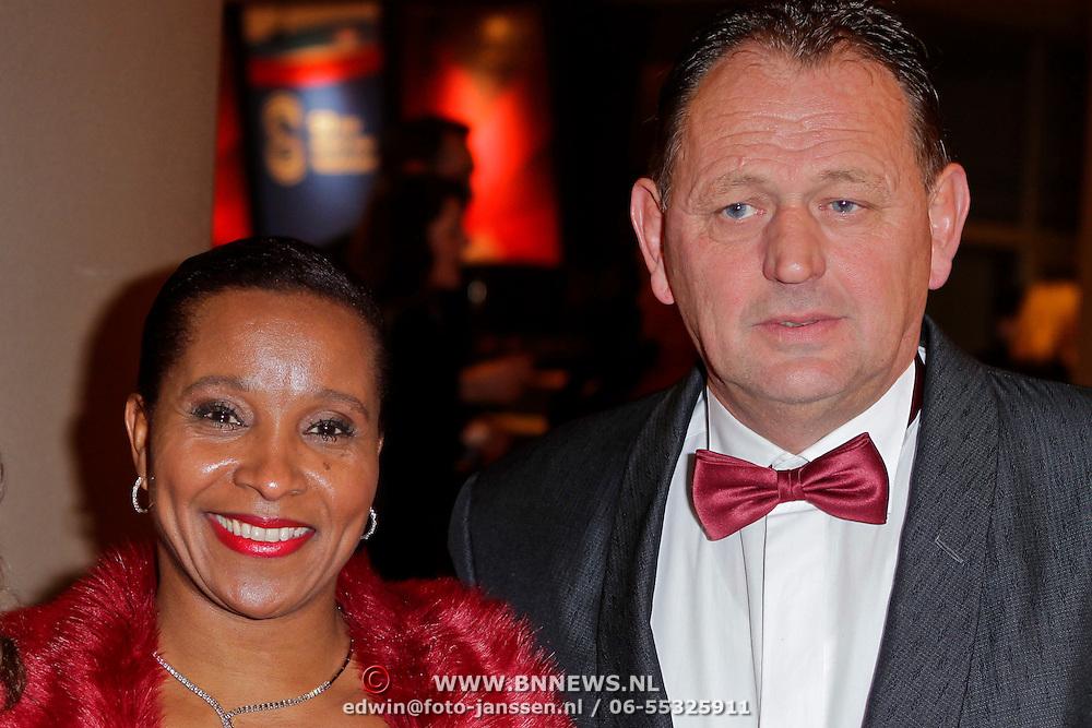 NLD/Den Haag/20111212 - NOC / NSF Sportgala 2011, Nellie Cooman, partner Ronald Rosier