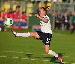 28.08.2013, Richmond Park, Carmarthen, ENG, UEFA Damen U19 EM, England vs Finnland, im Bild England's Bethany Mead scores the first goal against Finland during the Semi-Final match of the UEFA Women's Under-19 Championship Wales 2013 tournament at Richmond Park. during the UEFA women U 19 championchip group A match between England and Finland at Richmond Park in Carmarthen, Great Britain on 2013/08/28. EXPA Pictures © 2013, PhotoCredit: EXPA/ Propagandaphoto/ David Rawcliffe<br /> <br /> ***** ATTENTION - OUT OF ENG, GBR, UK *****