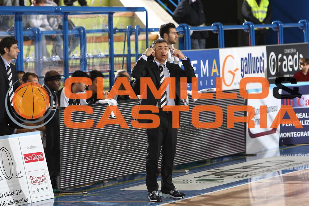 DESCRIZIONE : Porto San Giorgio Lega A 2009-10 Sigma Coatings Montegranaro Carife Ferrara<br /> GIOCATORE : Giorgio Valli<br /> SQUADRA : Carife Ferrara<br /> EVENTO : Campionato Lega A 2009-2010 <br /> GARA : Sigma Coatings Montegranaro Carife Ferrara<br /> DATA : 03/01/2010<br /> CATEGORIA : coach<br /> SPORT : Pallacanestro <br /> AUTORE : Agenzia Ciamillo-Castoria/C.De Massis<br /> Galleria : Lega Basket A 2009-2010 <br /> Fotonotizia : Porto San Giorgio Lega A 2009-10 Sigma Coatings Montegranaro Carife Ferrara<br /> Predefinita :