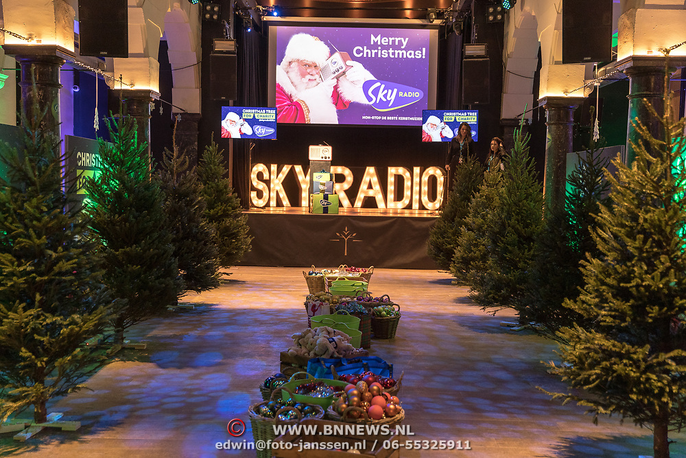 NLD/Amsterdam/20191206 - Sky Radio's Christmas Tree For Charity 2019,