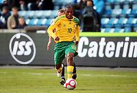 Fotball , 10. oktober 2009 , Privatkamp , Norge - Sør-Afrika<br /> Norway - South-Africa 1-0<br /> <br /> Franklin Cale  , Sør-Afrika