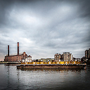 Lungo il Tamigi a Battersea: Chelsea power station.<br /> <br /> Along the Thames in Battersea: Chelsea power station.