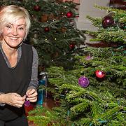 NLD/Hilversum/20151207- Sky Radio's Christmas Tree for Charity, Lone van Roosendaal