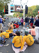 Pilgrims listen to Pope Francis speech at Independence Hall while on the Ben Franklin Parkway during the Festival of Families Saturday September 26, 2015 in Philadelphia, Pennsylvania. Pope Francis is expected to speak at the festival. (Photo By William Thomas Cain)