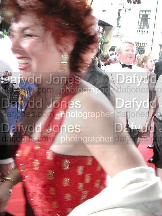 Ruby Wax. BAFTA Television Awards, sponsored by the Radio Times, Grosvenor House. London. 13 May 2001. © Copyright Photograph by Dafydd Jones 66 Stockwell Park Rd. London SW9 0DA Tel 020 7733 0108 www.dafjones.com