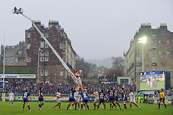 Saracens win a lineout during the second half of the match - Photo mandatory by-line: Rogan Thomson/JMP - Tel: Mobile: 07966 386802 22/12/2012 - SPORT - RUGBY - The Recreation Ground - Bath. Bath Rugby v Saracens - Aviva Premiership.