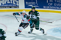 KELOWNA, CANADA - FEBRUARY 2:  Kyle Walker #20 of the Everett Silvertips back checks Nolan Foote #29 of the Kelowna Rockets on FEBRUARY 2, 2018 at Prospera Place in Kelowna, British Columbia, Canada.  (Photo by Marissa Baecker/Shoot the Breeze)  *** Local Caption ***