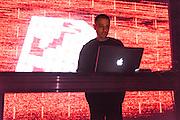 """NOCTURNE 2 EN COLLABORATION AVEC THUMP, 21:00 - 01:45<br /> Musée d'art contemporain de Montréal (MAC), Ma"""" et Simon Chioini."""