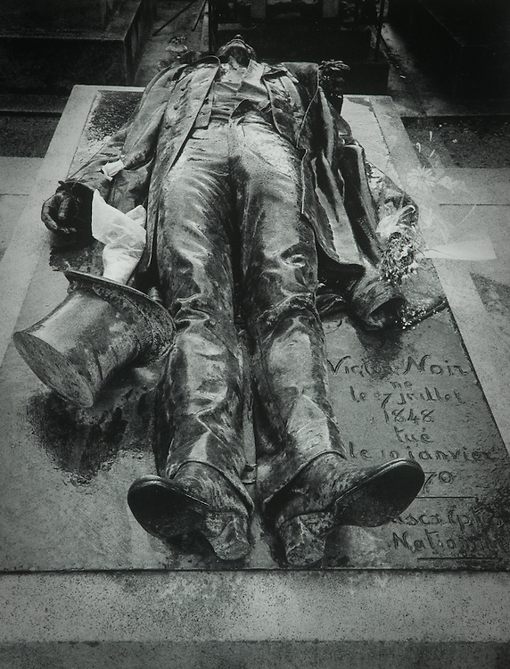 Tomb of Victor Noir, Pere Lachaise