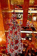 New York. Trump comercial center on fifth avenue during christmas; Christmas Lighting New York - United States   / Le building Trump pendant les fetes de noel , Illuminations pour les fetes de Noel   New York - Etats Unis