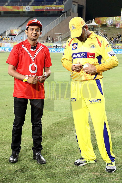 MS Dhoni captain of The Chennai Super Kings signs the match ball for the Vodafone Super Fan during match 21 of the Pepsi Indian Premier League Season 2014 between the Chennai Superkings and the Kolkata Knight Riders  held at the JSCA International Cricket Stadium, Ranch, India on the 2nd May  2014<br /> <br /> Photo by Shaun Roy / IPL / SPORTZPICS<br /> <br /> <br /> <br /> Image use subject to terms and conditions which can be found here:  http://sportzpics.photoshelter.com/gallery/Pepsi-IPL-Image-terms-and-conditions/G00004VW1IVJ.gB0/C0000TScjhBM6ikg