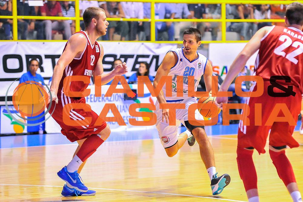 DESCRIZIONE : Cagliari Qualificazione Eurobasket 2015 Qualifying Round Eurobasket 2015 Italia Russia - Italy Russia<br /> GIOCATORE : Andrea Cinciarini<br /> CATEGORIA : Palleggio penetrazione<br /> EVENTO : Cagliari Qualificazione Eurobasket 2015 Qualifying Round Eurobasket 2015 Italia Russia - Italy Russia<br /> GARA : Italia Russia - Italy Russia<br /> DATA : 24/08/2014<br /> SPORT : Pallacanestro<br /> AUTORE : Agenzia Ciamillo-Castoria/ Claudio Atzori<br /> Galleria: Fip Nazionali 2014<br /> Fotonotizia: Cagliari Qualificazione Eurobasket 2015 Qualifying Round Eurobasket 2015 Italia Russia - Italy Russia<br /> Predefinita :
