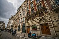 Rue Henri Robert, Place Dauphine, Ile de la Cité