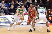 DESCRIZIONE : Milano Lega A 2014-15 EA7 Emporio Armani Milano vs Sidigas Avellino<br /> GIOCATORE : Cavaliero Daniele<br /> CATEGORIA : Controcampo Palleggio blocco<br /> SQUADRA : Sidigas Avellino<br /> EVENTO : Campionato Lega A 2014-2015<br /> GARA : EA7 Emporio Armani Milano Sidigas Avellino<br /> DATA : 16/02/2015<br /> SPORT : Pallacanestro <br /> AUTORE : Agenzia Ciamillo-Castoria/I.Mancini<br /> Galleria : Lega Basket A 2014-2015  <br /> Fotonotizia : Milano Lega A 2014-2015 EA7 Emporio Armani Milano Sidigas Avellino<br /> Predefinita :