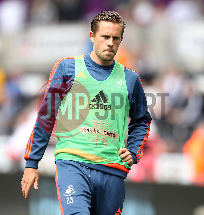 Gylfi Sigurosson of Swansea City warms up - Mandatory byline: Robbie Stephenson/JMP - 07966386802 - 15/08/2015 - FOOTBALL - Liberty Stadium -Swansea,England - Swansea City v Newcastle United - Barclays Premier League