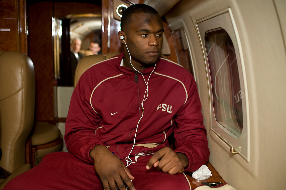 Birmingham, AL - November 22, 2008 - Florida State University football player Myron Rolle looks out the window of the private plane taking him to an away game at the  University of Maryland.  .Photo by Susana Raab,