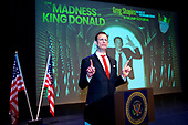 Greg Shapiro: The Madness of King Donald