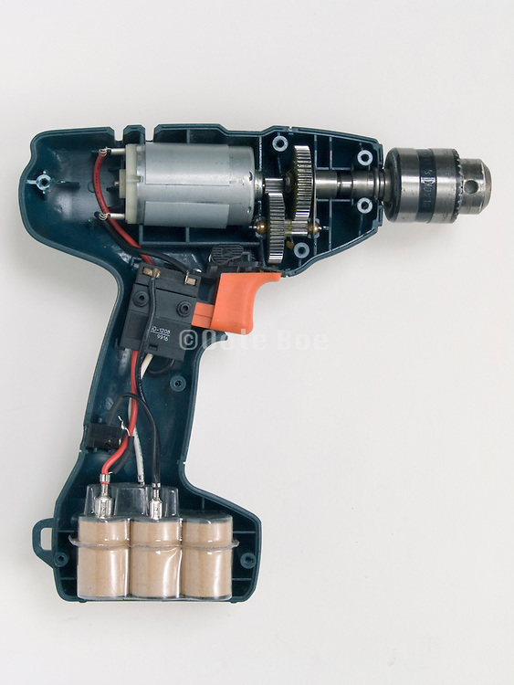 inside of a cordless hand drill