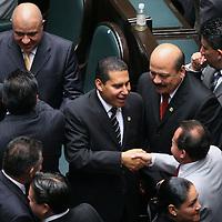 Toluca, Mex.- Diputados del PAN se felicitan despues de rendir protesta como integrantes de la LVI Legislatura del Estado de Mexico. Agencia MVT / Mario Vazquez de la Torre. (DIGITAL)<br /> <br /> <br /> <br /> NO ARCHIVAR - NO ARCHIVE