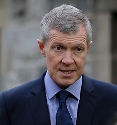 Pictured: Scottish Liberal Democrat leader Willie Rennie on a visit to West Craigie Farm in Queensferry.<br /> <br /> © Dave Johnston / EEm