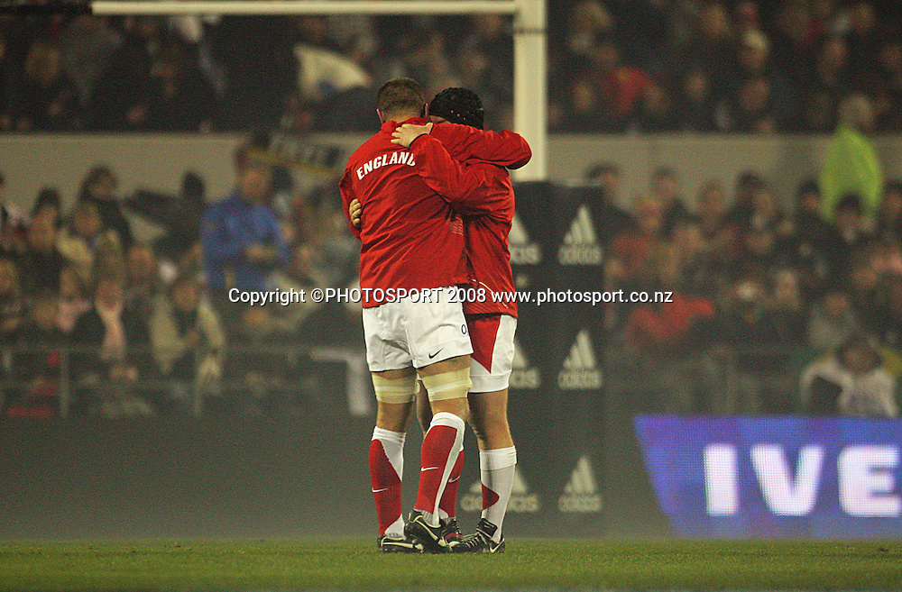 England captain Steve Borthwick hugs Matt Stevens before the match.<br /> Iveco Test Series - All Blacks v England at AMI Stadium, Christchurch, New Zealand. Saturday 21 June 2008. Photo: Dave Lintott/PHOTOSPORT
