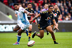 Zach Kibirige of Wasps takes on Denny Solomona of Sale Sharks - Mandatory by-line: Robbie Stephenson/JMP - 05/10/2019 - RUGBY - AJ Bell Stadium - Manchester, England - Sale Sharks v Wasps - Premiership Rugby Cup