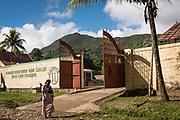 Haïti, Département du Nord. À Dondon, le CECI appuie la première association coopérative caféière d'Haïti, fondée en 1955 : la CACGAVA. C'est grâce à l'appui de volontaires d'Uniterra, le programme de coopération volontaire conjoint du CECI et de l'EUMC, que cette association a pu redynamiser sa production, et créer de nouveaux produits pour faire de la CACGAVA un site susceptible d'intégrer le circuit touristique de la région.