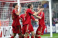 Esultanza dopo il secondo gol di Mario GOMEZ Bayern<br /> Mario GOMEZ celebrates scoring 2-0 goal<br /> 02.11.2011, Allianz Arena<br /> FC Bayern Monaco Vs Napoli<br /> Champions League<br /> Foto Insidefoto / Straubmeier