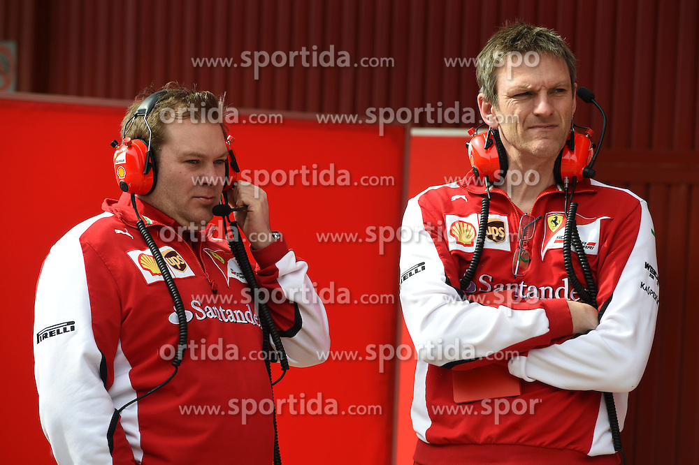 27.02.2015, Circuit de Catalunya, Barcelona, ESP, FIA, Formel 1, Testfahrten, Barcelona, Tag 2, im Bild James Allinson (GBR) Chief Designer Ferrari and Dave Greenwood (GBR) Ferrari engineer // during the Formula One Testdrives, day two at the Circuit de Catalunya in Barcelona, Spain on 2015/02/27. EXPA Pictures &copy; 2015, PhotoCredit: EXPA/ Sutton Images/ Mark Images<br /> <br /> *****ATTENTION - for AUT, SLO, CRO, SRB, BIH, MAZ only*****