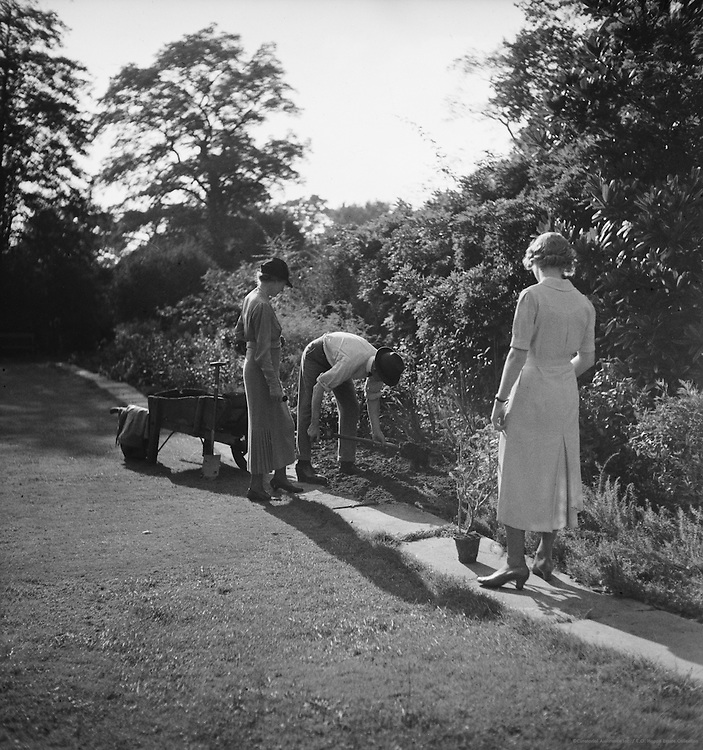 Sir Phillip Game, Lady Game and Miss Rosemary Game, Australia, 1930
