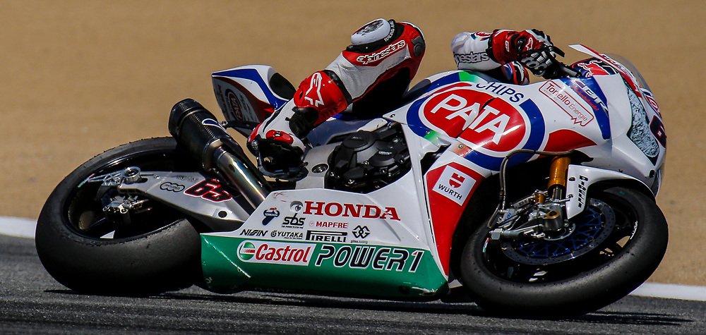 Jul 12-13 2014 U.S.A # 65 Jonathan Rea leads the second pack out of turn 2 during the FIM Superbike World Championship Laguna Sega, Salinas ca
