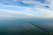 Nederland, Flevoland, Markermeer, 04-11-2018; Markerwaarddijk / Houtribdijk, N302, tussen Enkhuizen en Lelystad, gezien naar Trintelhaven. Links Markermeer (Markerwaard), rechts IJsselmeer.<br /> Marker lake, IJssel lake, dike for planned polder.<br /> <br /> luchtfoto (toeslag op standaard tarieven);<br /> aerial photo (additional fee required);<br /> copyright © foto/photo Siebe Swart