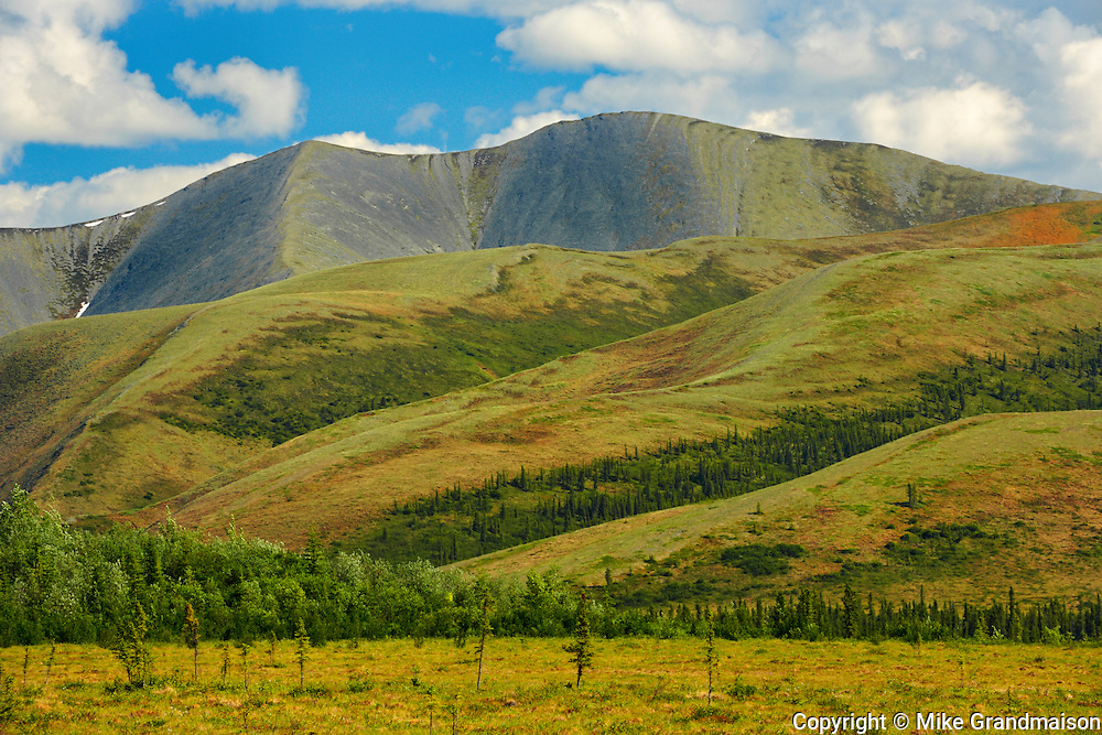 Richardson Mountains<br /> Along the Dempster Highway<br /> Northwest Territories<br /> Canada