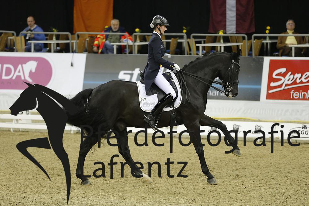 Thüning, Joline, Don Dayly<br /> Oldenburg - Agravis Cup<br /> Nationale Dressur<br /> © www.sportfotos-lafrentz.de/ Stefan Lafrentz