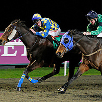 Diplomatic and Adam Kirby winning the 5.25 race