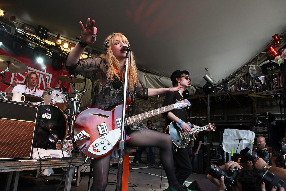 AUSTIN, TX - MARCH 19:  Courtney Love of Hole performs as part of the SPIN Magazine Party at Stubbs-B-B-Q as part of SXSW 2010 on March 19, 2010 in Austin, Texas.  (Photo by Roger Kisby/Getty Images)