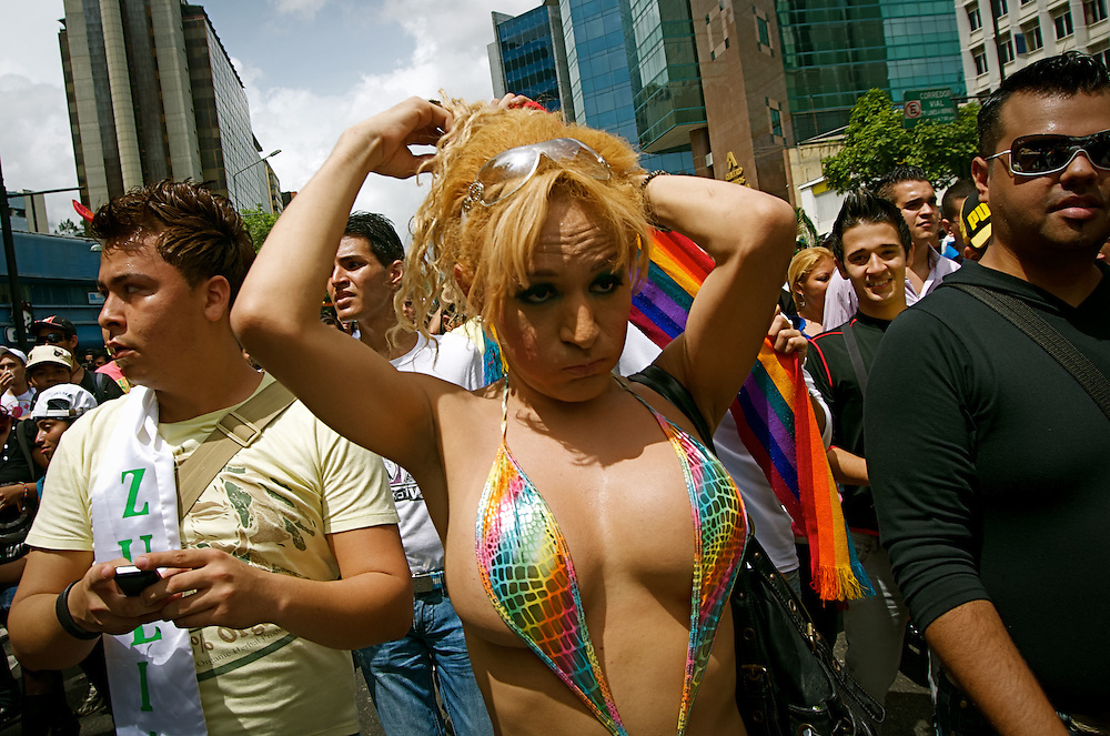 GAY PRIDE PARADE / MARCHA DEL ORGULLO GAY<br /> Photography by Aaron Sosa<br /> Caracas - Venezuela 2010<br /> (Copyright © Aaron Sosa