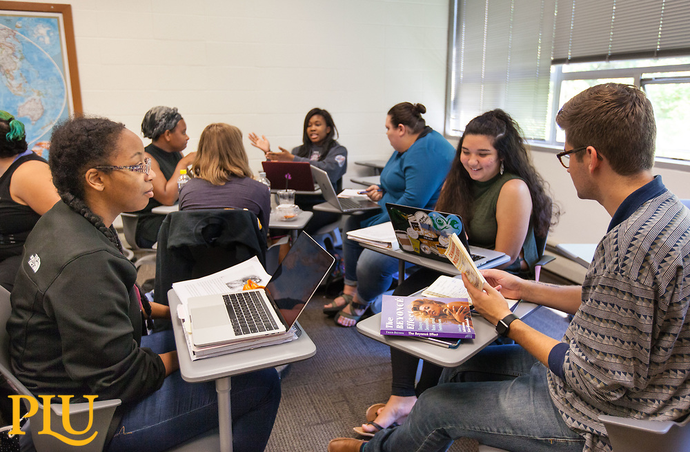 Jennifer Smith and Tolu Taiwo's class that includes a the musician Beyonce,  Thursday, Sept. 14, 2017. (Photo: John Froschauer/PLU)