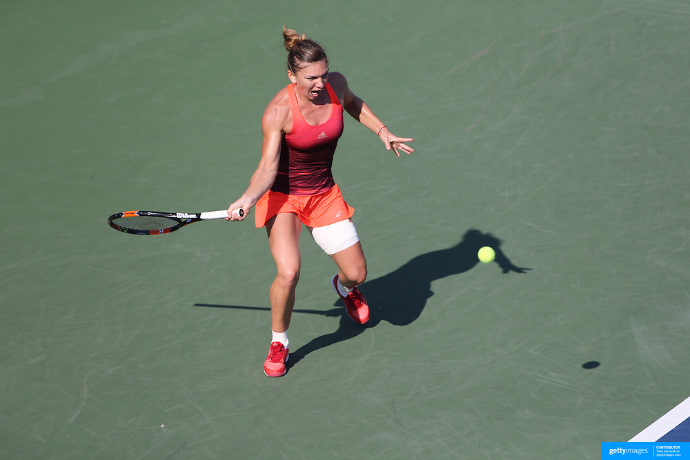 Simona Halep, Romania, in action against Sabine Lisicki, Germany, during the US Open Tennis Tournament, Flushing, New York, USA. 7th September 2015. Photo Tim Clayton