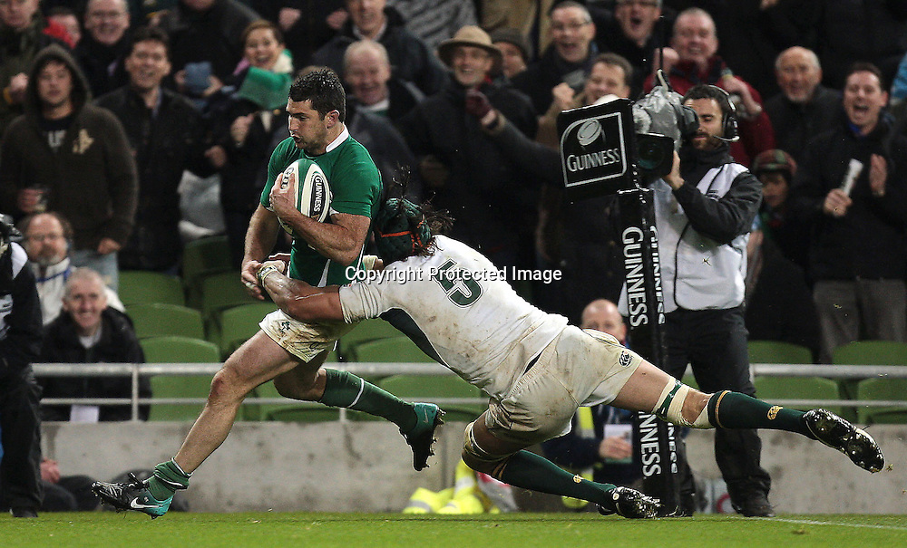 Guinness Autumn Series International, Aviva Stadium, Dublin 6/11/2010<br />Ireland vs South Africa Springboks<br />South Africa's Victor Matfield fails to stop Ireland's Rob Kearney crossing the line for a late try<br />Mandatory Credit &copy;INPHO/Morgan Treacy *** Local Caption ***